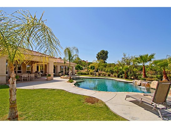 Mediterranean, Single Family Residence - Temecula, CA (photo 2)