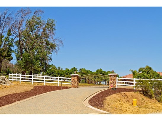 Mediterranean, Single Family Residence - Temecula, CA (photo 3)