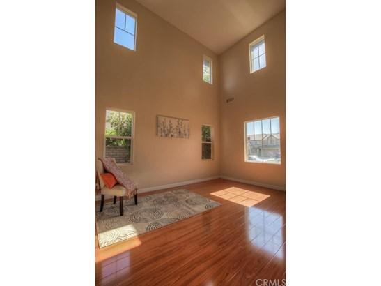 Single Family Residence, Craftsman - Corona, CA (photo 5)