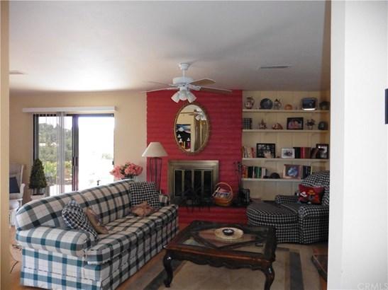 Condominium, Contemporary - Fallbrook, CA (photo 4)
