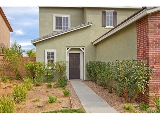 Single Family Residence, Contemporary - Lake Elsinore, CA (photo 5)