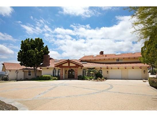 Single Family Residence, Custom Built,Mediterranean,Spanish - Murrieta, CA