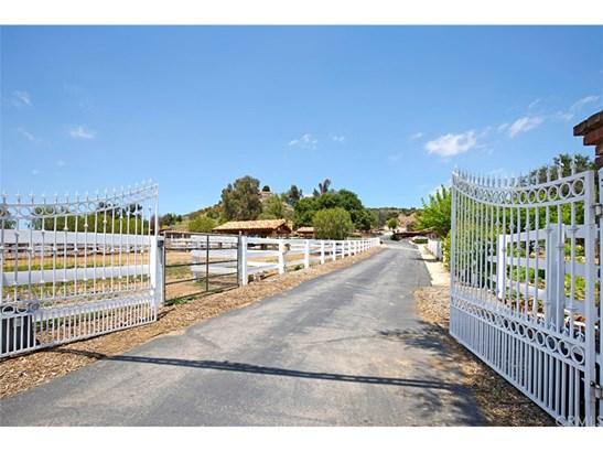 Single Family Residence, Custom Built,Mediterranean,Spanish - Murrieta, CA (photo 3)