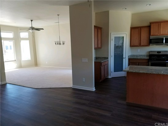 Single Family Residence, Ranch - Hemet, CA (photo 5)