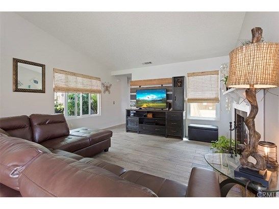 Single Family Residence, Ranch - Moreno Valley, CA (photo 3)