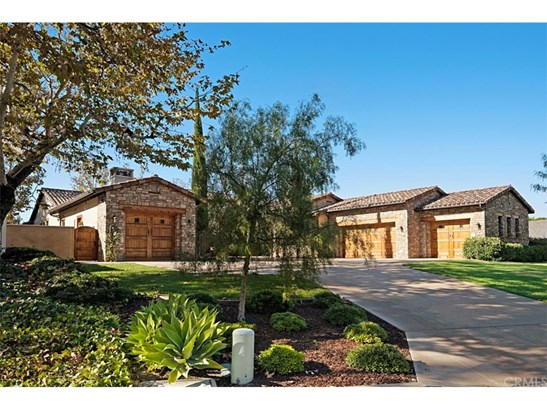 Custom Built,Spanish, Single Family Residence - San Juan Capistrano, CA (photo 2)