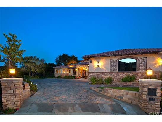 Single Family Residence - Murrieta, CA (photo 5)