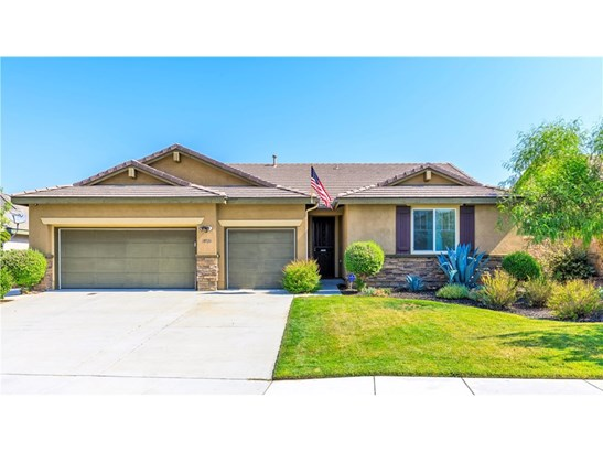 Single Family Residence - Murrieta, CA (photo 1)
