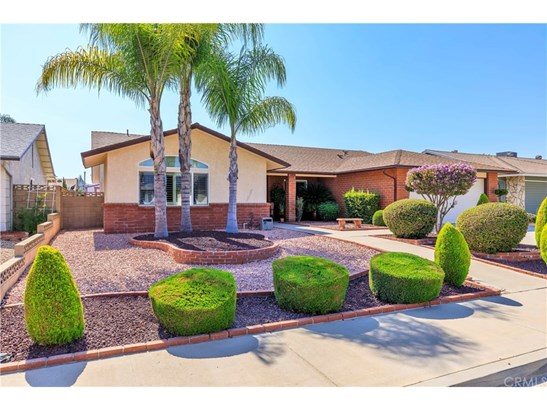 Single Family Residence - Menifee, CA (photo 2)
