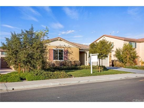 Single Family Residence - Menifee, CA (photo 3)