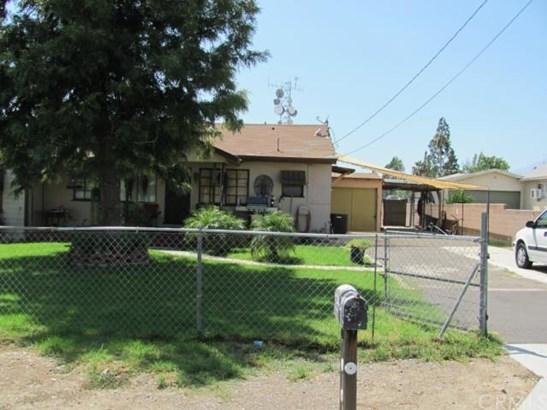 Single Family Residence - Rialto, CA