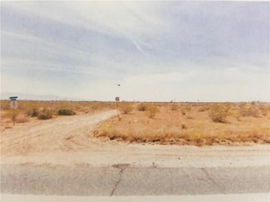 Land/Lot - Adelanto, CA