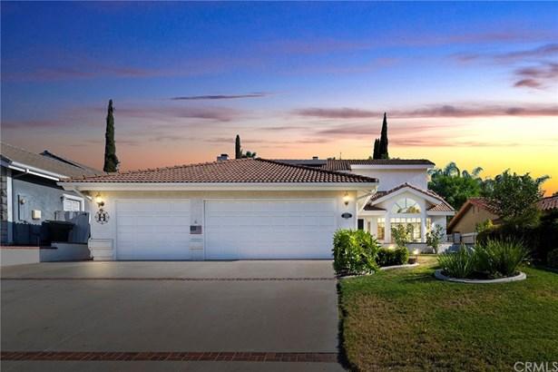 Single Family Residence, Custom Built - Canyon Lake, CA
