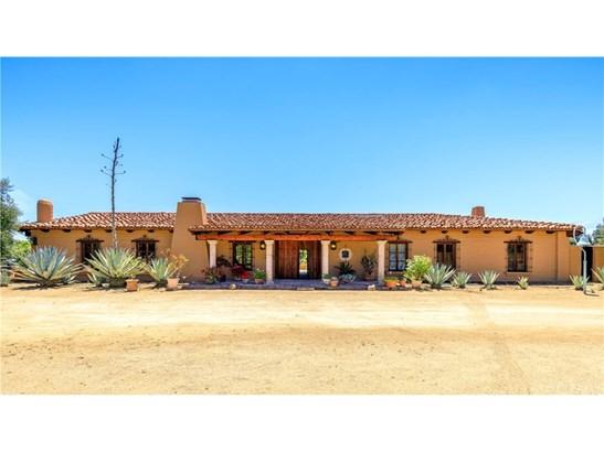 Single Family Residence, Spanish - Murrieta, CA (photo 2)