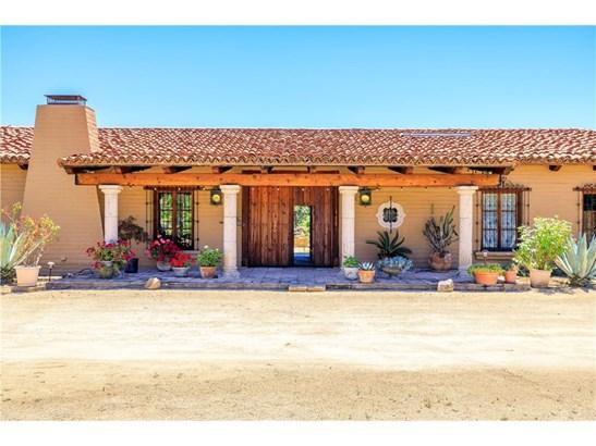 Single Family Residence, Spanish - Murrieta, CA (photo 3)
