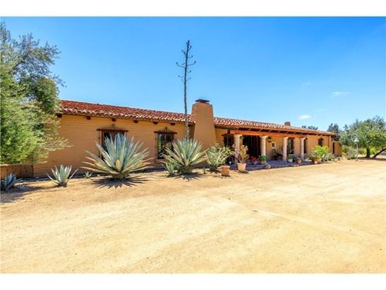 Single Family Residence, Spanish - Murrieta, CA (photo 4)