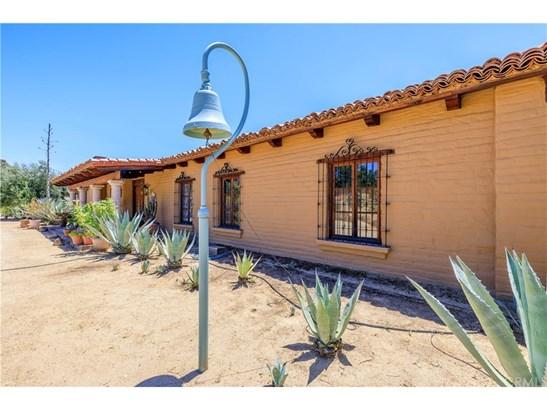 Single Family Residence, Spanish - Murrieta, CA (photo 5)