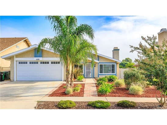 Single Family Residence - Corona, CA (photo 1)