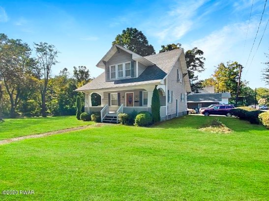 Residential, Bungalow - Hawley, PA