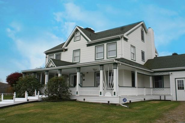 Colonial,Farm House, Detached - Lakewood, PA