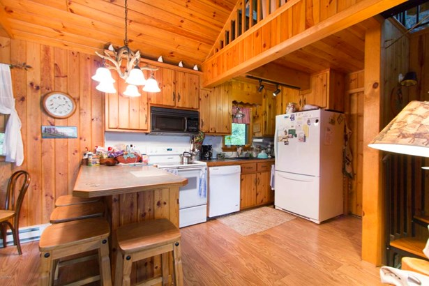 Chalet, Residential - Lakeville, PA (photo 2)