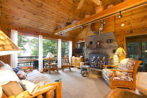 Chalet, Residential - Lakeville, PA (photo 4)