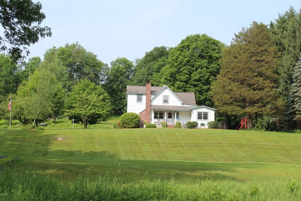 Farm House, Residential - Matamoras, PA (photo 1)