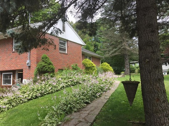 Raised Ranch, Residential - Waymart, PA (photo 2)