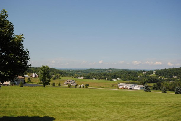 Ranch, Detached - Honesdale, PA (photo 2)