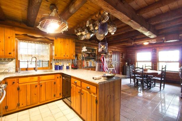 Detached, Log Home - Lakeville, PA (photo 5)