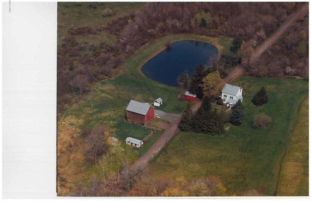 Farm House, Detached - Lakewood, PA (photo 2)