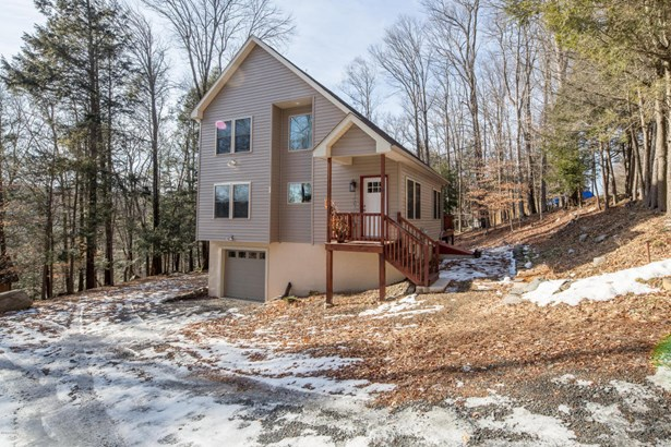 Residential, Contemporary - Lake Ariel, PA (photo 1)