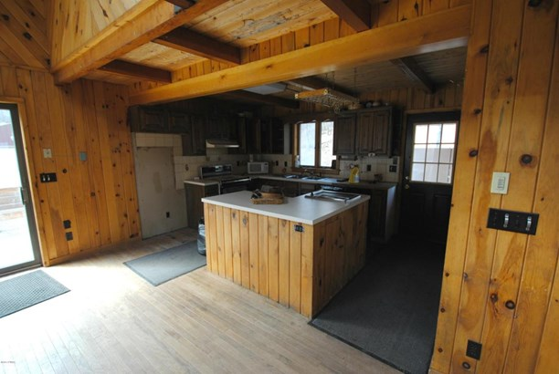 Detached, Log Home - Lakewood, PA (photo 4)