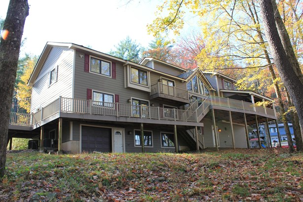 Chalet,Contemporary, Residential - Tafton, PA