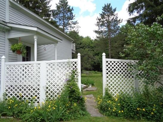Farm House, Residential - Greentown, PA (photo 4)
