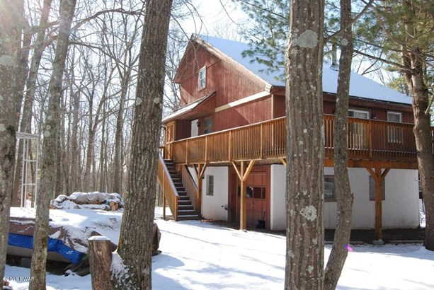 Chalet, Residential - Tafton, PA (photo 5)