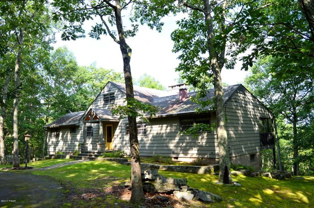 Detached, Chalet,Ranch - Hawley, PA (photo 1)