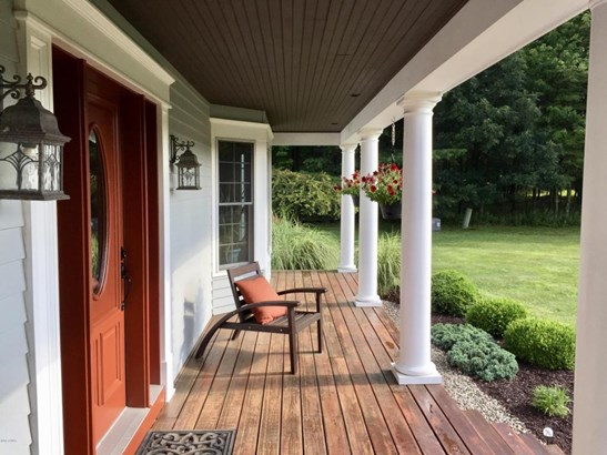 Colonial, Detached - Lakeville, PA (photo 5)