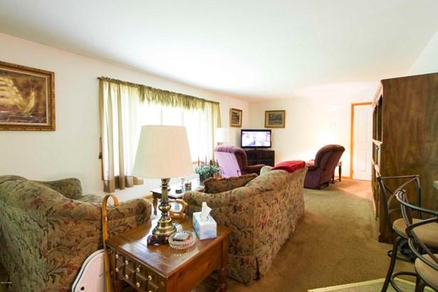 Residential, Ranch - Tafton, PA (photo 3)