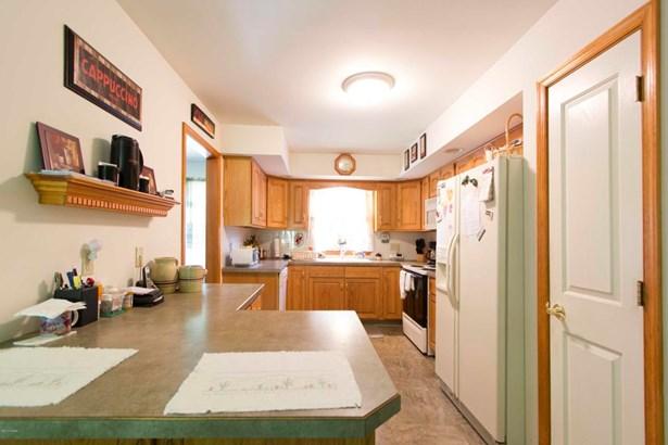 Residential, Ranch - Tafton, PA (photo 5)