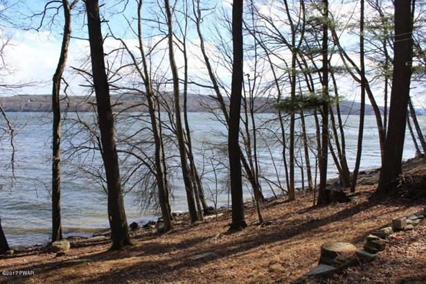 Detached - Lakeville, PA (photo 4)