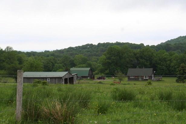 Cabin, Detached - Pleasant Mount, PA (photo 3)