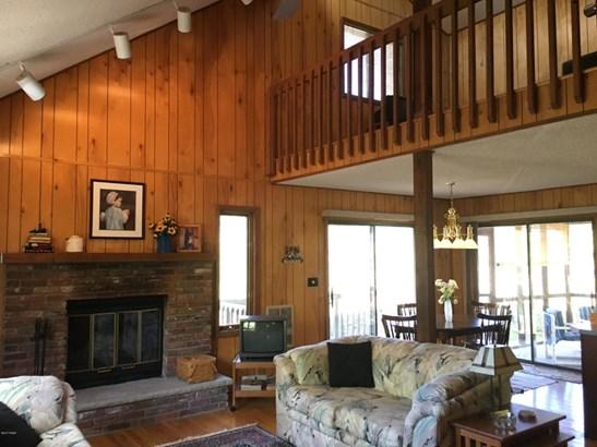 Residential, Salt Box - Bushkill, PA (photo 5)