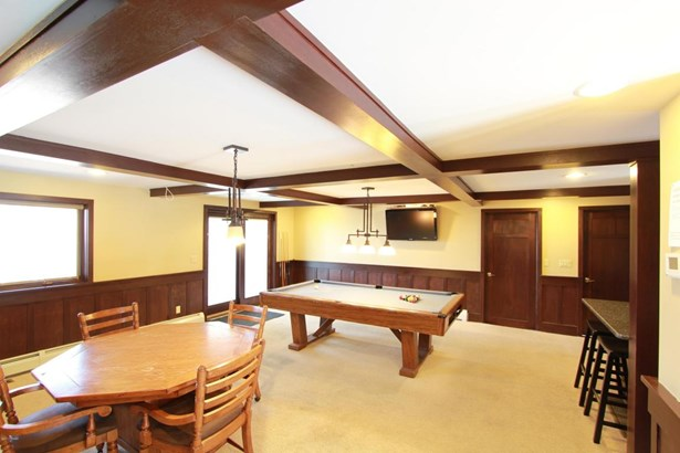 Chalet,Contemporary, Residential - Tafton, PA (photo 5)