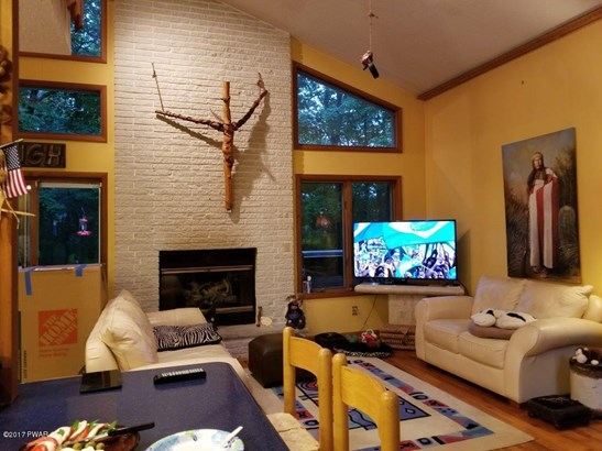 Residential, Contemporary - Bushkill, PA (photo 4)