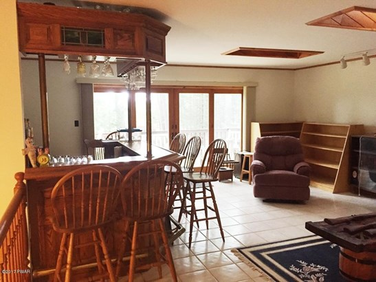 Raised Ranch, Residential - Lakeville, PA (photo 4)