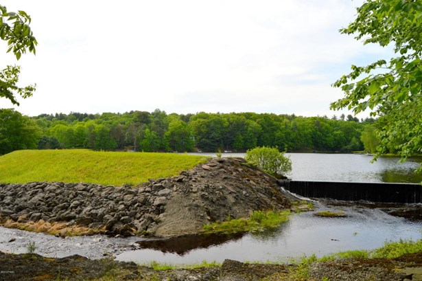 Contemporary, Detached - Dingmans Ferry, PA (photo 2)