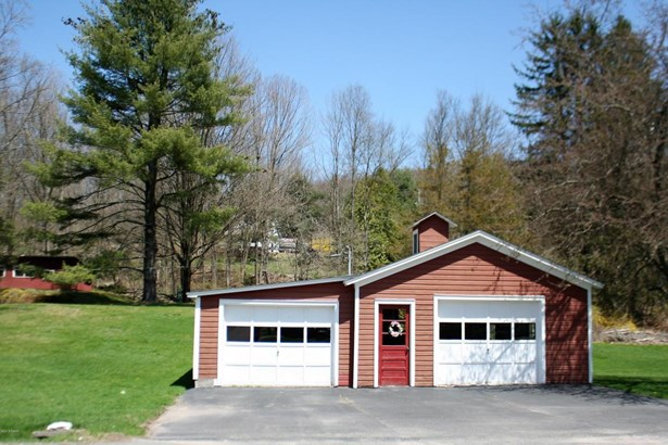 Cape Cod, Residential - Honesdale, PA (photo 3)