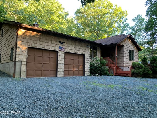Contemporary,Ranch, Detached - Lords Valley, PA