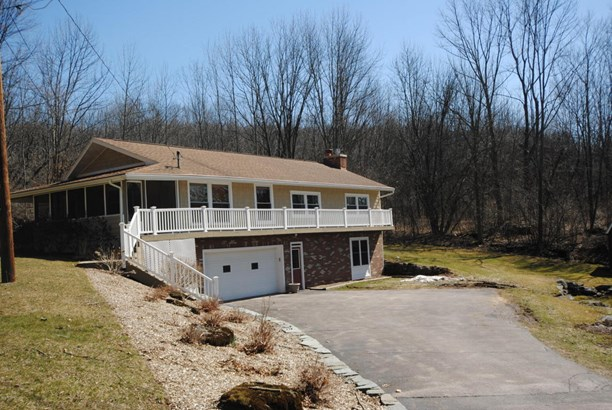 Raised Ranch, Detached - Honesdale, PA (photo 2)
